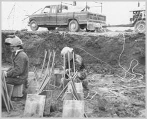 Atelier de soudure Jacquers Gravel à l'oeuvre sur un chantier d'Hydro-Québec.