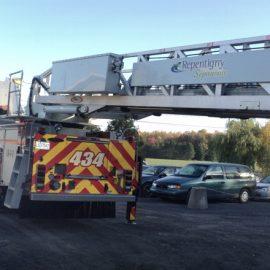 Échelle de camion de pompier